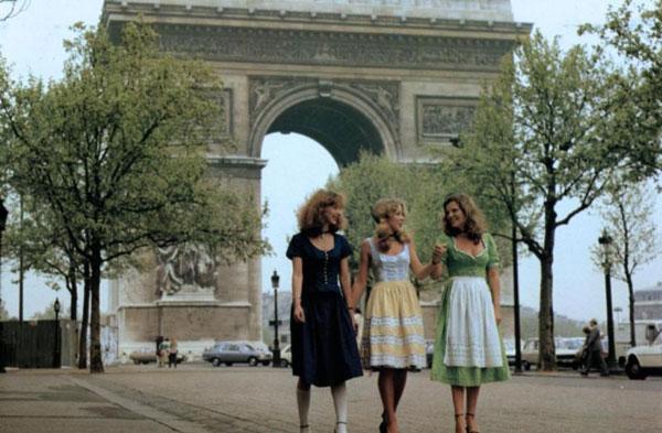 Drei dirndl in paris 1981 with christa ludwig 7
