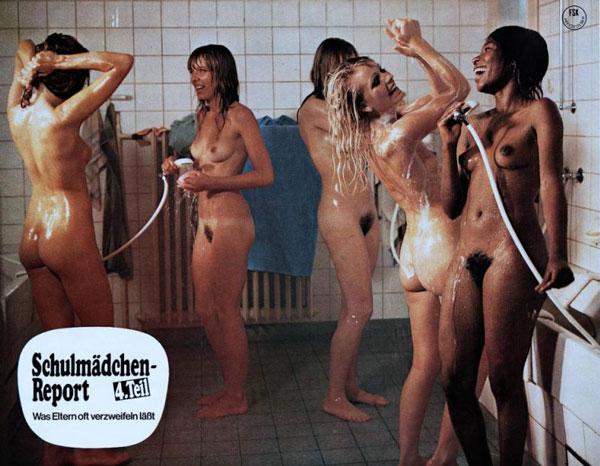 In der Umkleidekabine eine nackte Dame gefilmt
